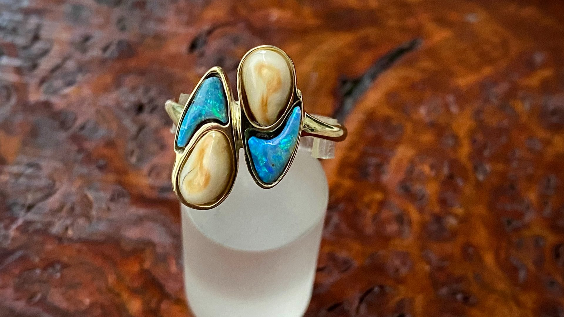 Grandelring mit Opal